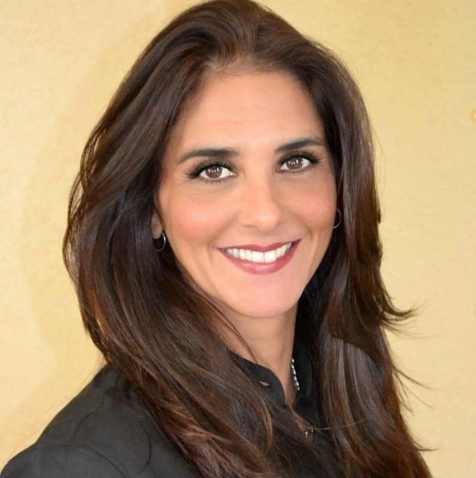 Vicky Dominguez